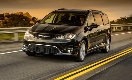 2017-chrysler-pacifica-first-drive-review-car-and-driver-photo-665923-s-450x274-1